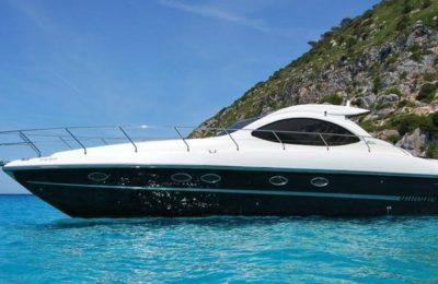 Yachts Sailing Mykonos