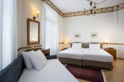 tourist_hotel1