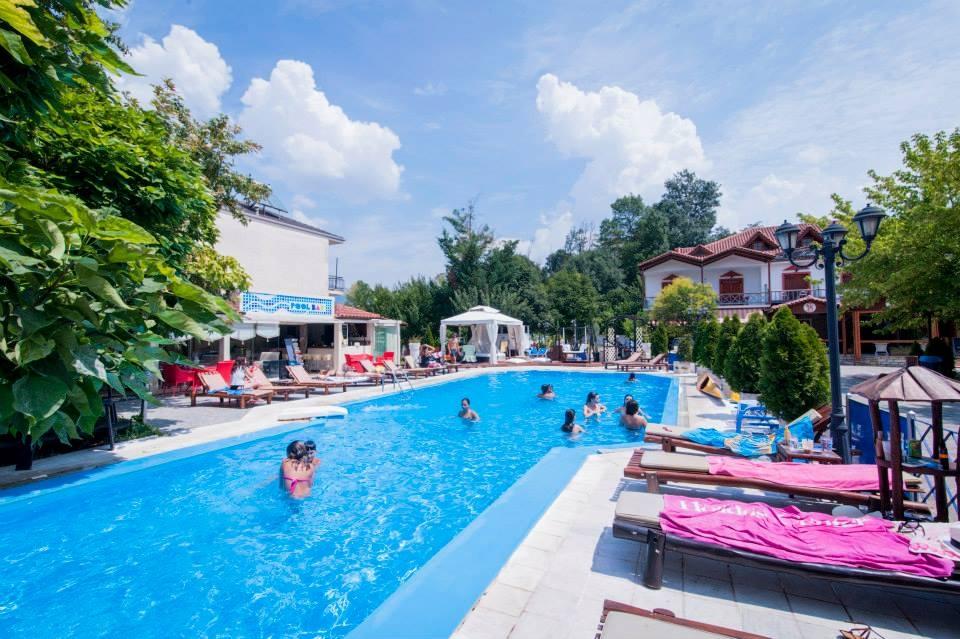 Krikonis Hotel Καλοκαιρινές διακοπές Ιωάννινα προσφορά διαμονής
