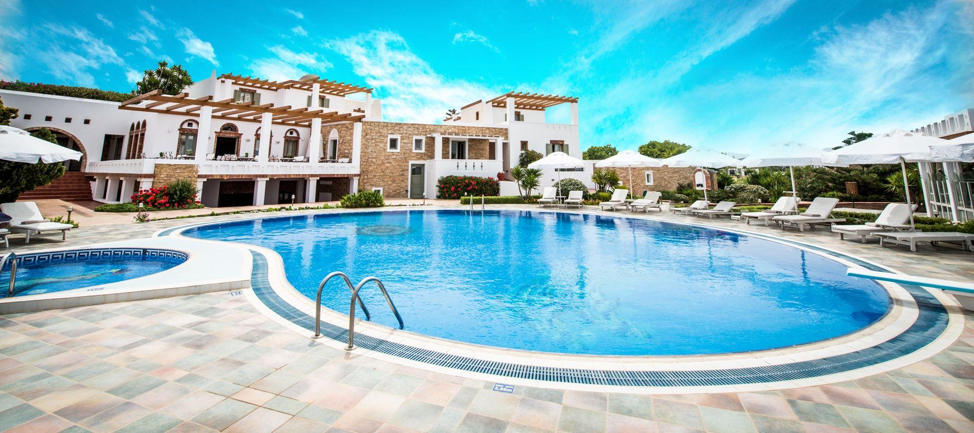 Προσφορά early booking στο Porto Naxos