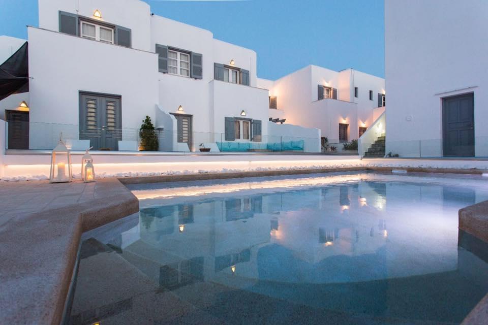 Προσφορά Stay & Drive Villa Kelly Rooms & Suites Πάρος