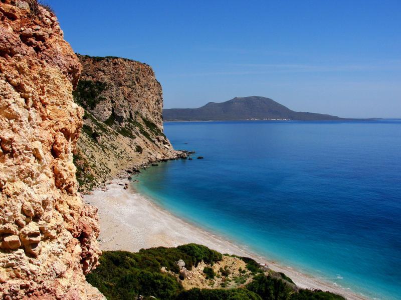 Drakakis Tours sandy beach