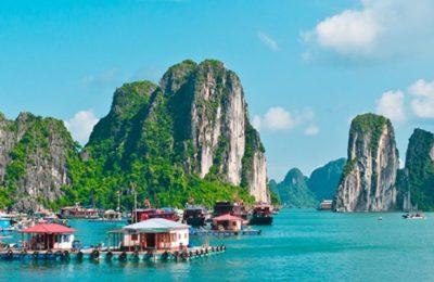 Viet Manessis Travel