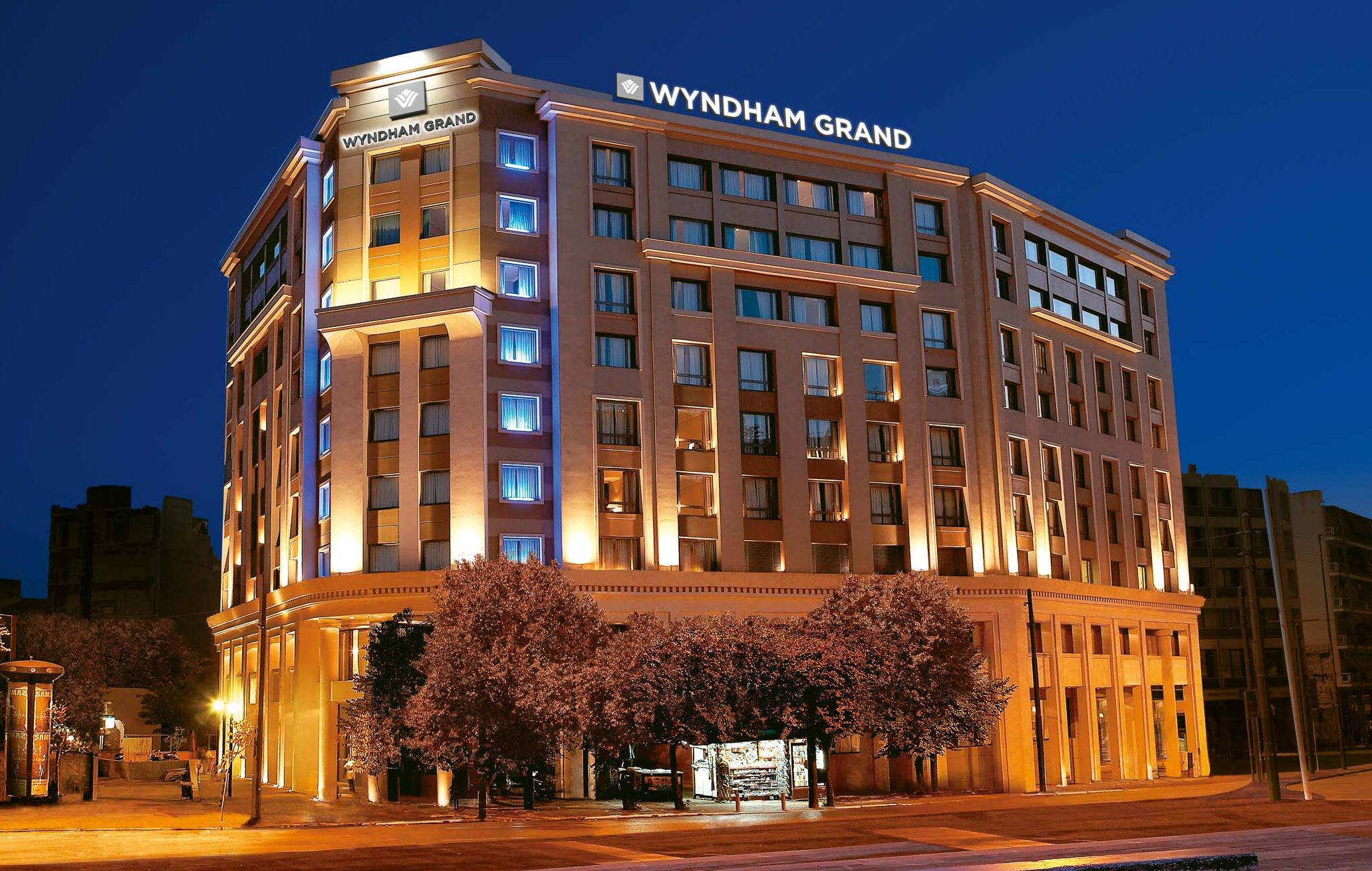 Wyndham Grand Athens night