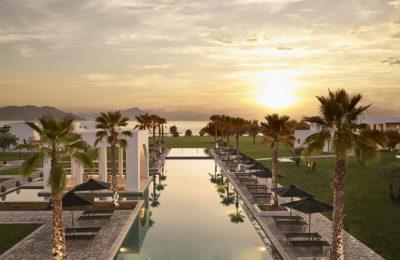 Beachfront Resort, Casa Marron
